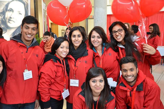 York University có hơn 300 câu lạc bộ và tổ chức dành cho sinh viên